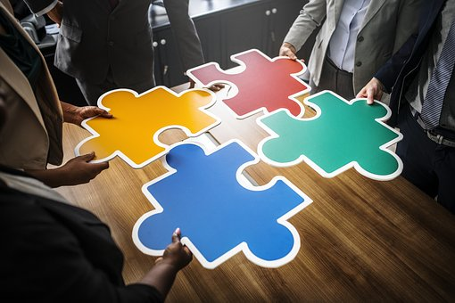 Competir o colaborar
